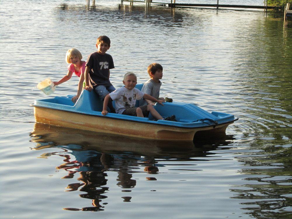 paddle-boat-e1437598181492